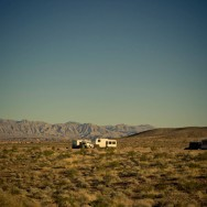 notworkrelated_usa_road_lake_mead_04
